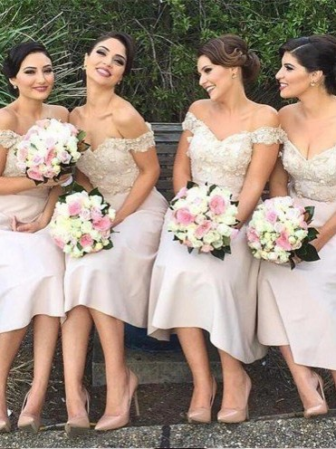 Off-the-Shoulder Short Lace Bridesmaids Dress | Glamorous Maid of Hornor Dresses Online