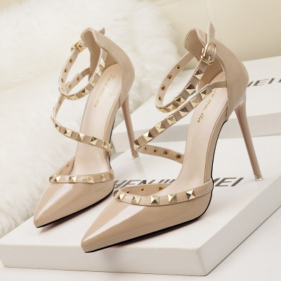 Modern Pionted Toe High Heel Buckle Wedding Shoes UK with Rivets