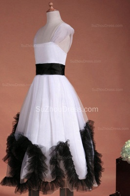 Cuty White UK Flower Girl Dresses Square Black Sash Tiered Ruffle Cute Floor Length Zipper Organza Pageant Dress_8