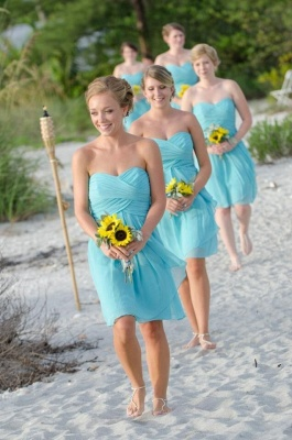 Beach Short Bridesmaid Dresses UK Sweetheart Neck Tiffany Blue Chiffon Ruched Wedding Party Dresses_1