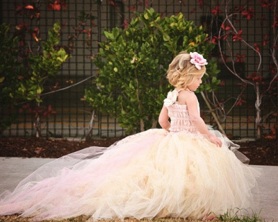 Cute Sleeveless Tulle UK Flower Girl Dress With Long Train And Flowers_3