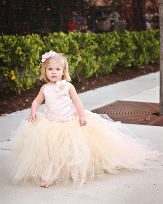 Cute Sleeveless Tulle UK Flower Girl Dress With Long Train And Flowers_5